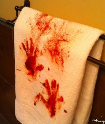 Bloody Towel Halloween Wedding Decoration Ideas