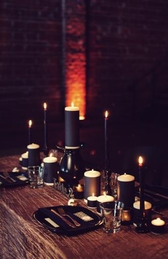 Classy Halloween Wedding Decoration Ideas