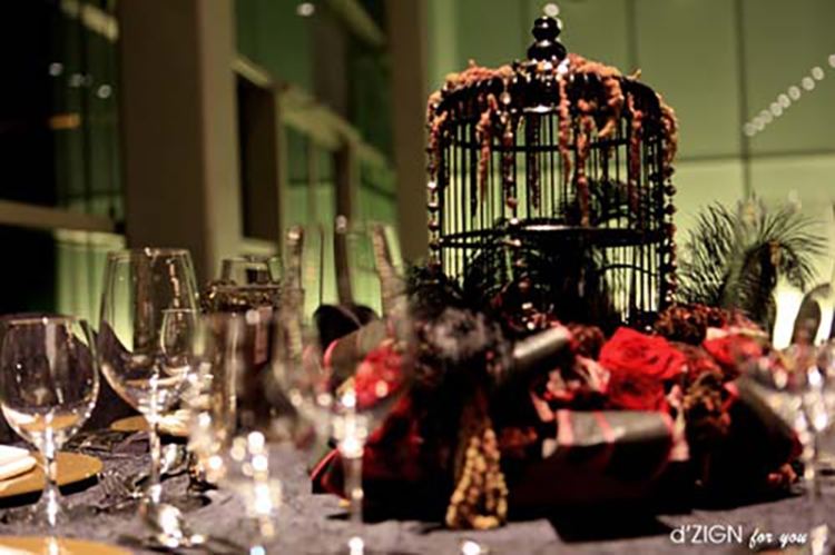 Halloween Wedding Ideas Goth Birdcage Centerpiece