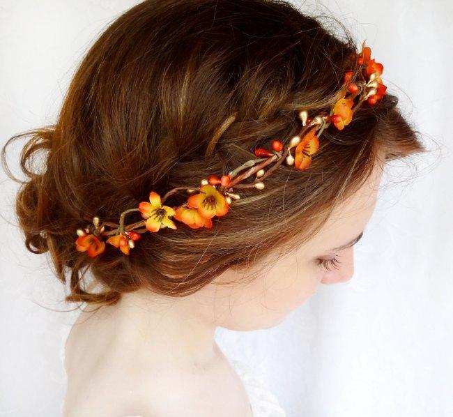 Beautiful Fall Wedding Hair Piece Idea