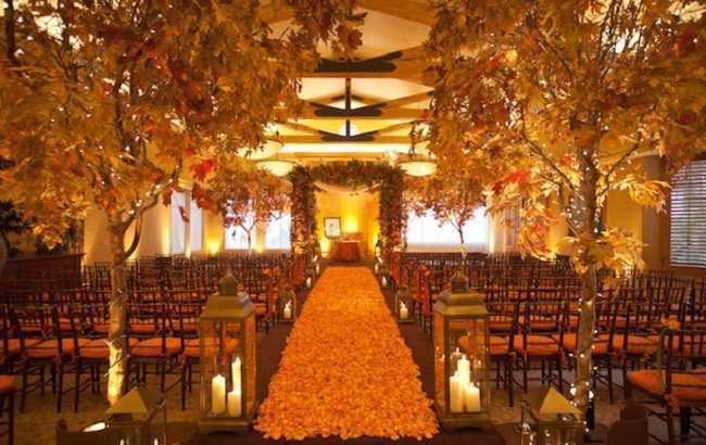 Indoor Outdoor Decoration Fall Wedding Idea