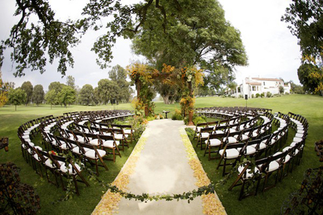 Outdoors Fall Wedding Chairs Idea
