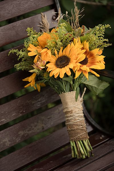 Sunflower Bouquet Wedding Ideas