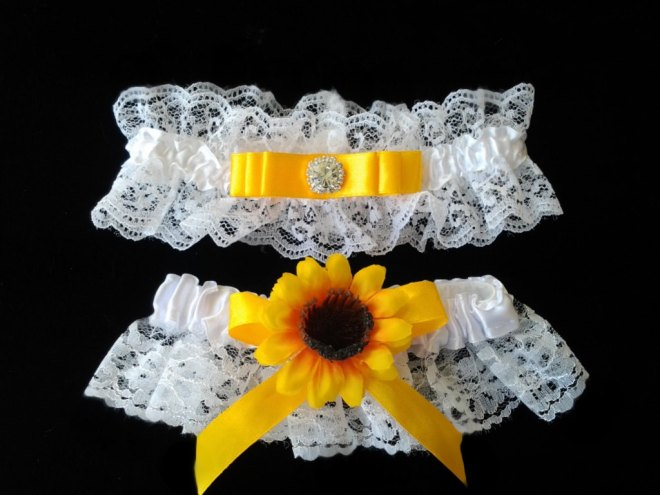 Sunflower Garter Wedding Idea