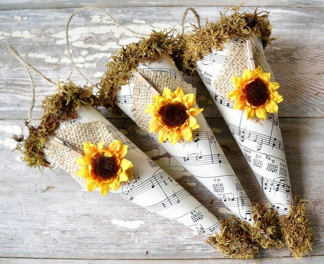 Sunflower Sheet Music Paper Cones, Rustic Wedding Decor - Set of 3